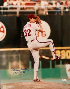 Steve Carlton signed 16x20 photo 329wins/4136 strikeouts JSA Certificate of Auth