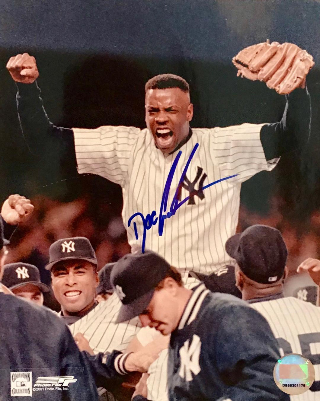 Dwight Gooden Autographed 8x10 photo w Cert of Auth