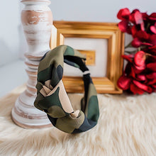 Load image into Gallery viewer, THE JANE CAMO HEADBAND