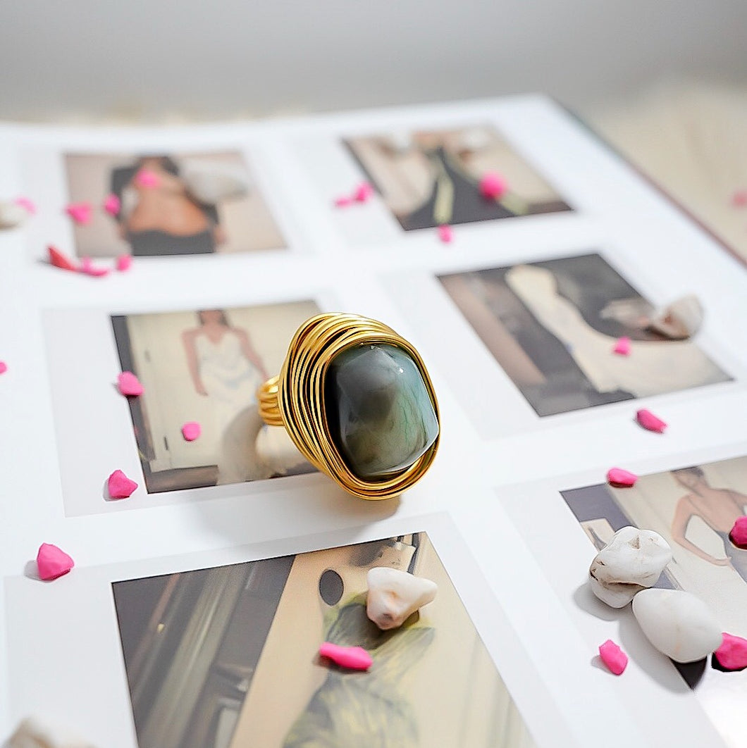 THE SINDRI STATEMENT RINGS