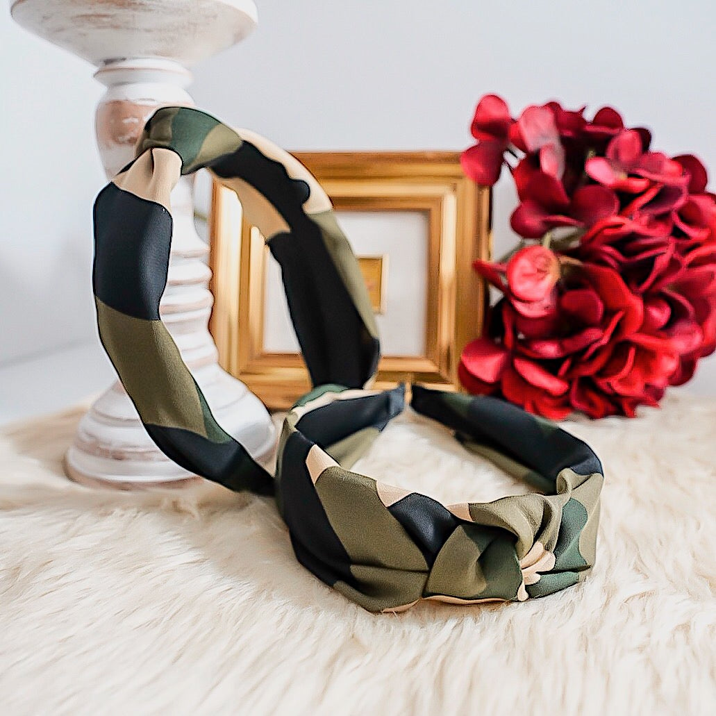 THE JANE CAMO HEADBAND