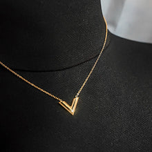 Load image into Gallery viewer, THE V GOLD NECKLACE