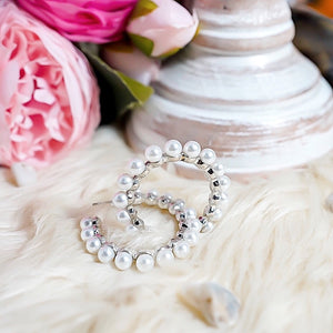 THE AMIDALA SILVER PEARL HOOPS