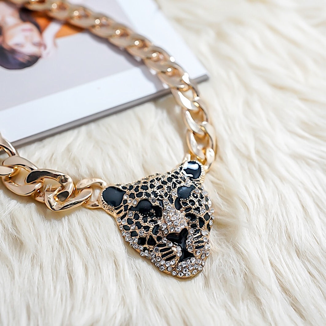 THE JAGUAR CHAINED NECKLACE