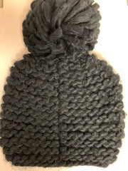 Woven Hat with Pom (Black)