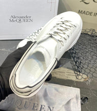 Load image into Gallery viewer, Alexander McQueen Sneakers
