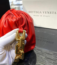 Load image into Gallery viewer, Bottega The Chain Pouch