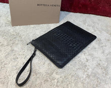 Load image into Gallery viewer, Bottega Veneta Clutch