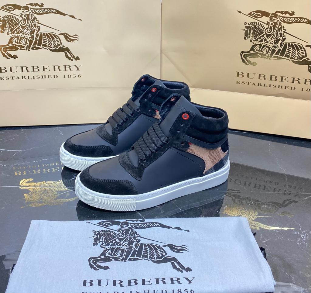 Burberry Classic Boots