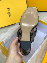 Load image into Gallery viewer, Fendi Heeled Slippers