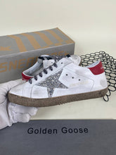 Load image into Gallery viewer, Golden Goose Sneakers