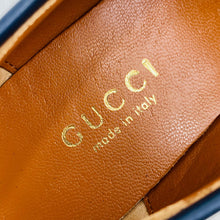 Load image into Gallery viewer, Gucci Jordaan Suede Bee İnterlocking Loafer