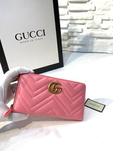 Load image into Gallery viewer, Gucci Marmont Wallet