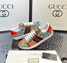 Load image into Gallery viewer, Gucci Sneakers