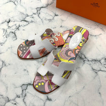 Load image into Gallery viewer, Hermes Painted Oran Sandals