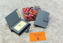 Load image into Gallery viewer, Louis Vuitton Automatic Card Holder