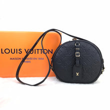 Load image into Gallery viewer, Louis Vuitton Boite Chapeau Souple Empreinte