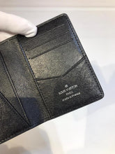 Load image into Gallery viewer, Louis Vuitton Card Holder