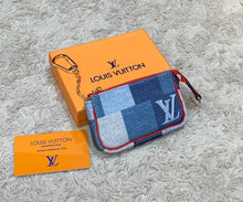 Load image into Gallery viewer, Louis Vuitton Coin Purse Jean