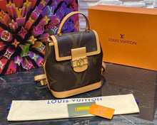 Load image into Gallery viewer, Louis Vuitton Dauphine Backpack