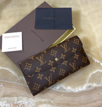 Load image into Gallery viewer, Louis Vuitton Emilie Wallet