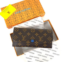 Load image into Gallery viewer, Louis Vuitton Emily Wallet