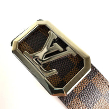 Load image into Gallery viewer, Louis Vuitton Louise Belt