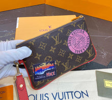 Load image into Gallery viewer, Louis Vuitton Monogram City Pouch
