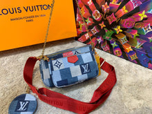 Load image into Gallery viewer, Louis Vuitton Multi Pochette Jean