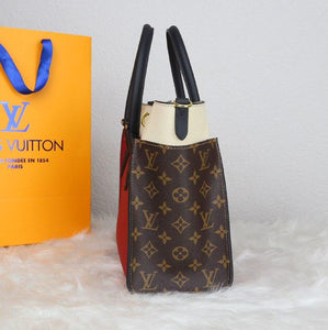 Louis Vuitton On My Side Bag