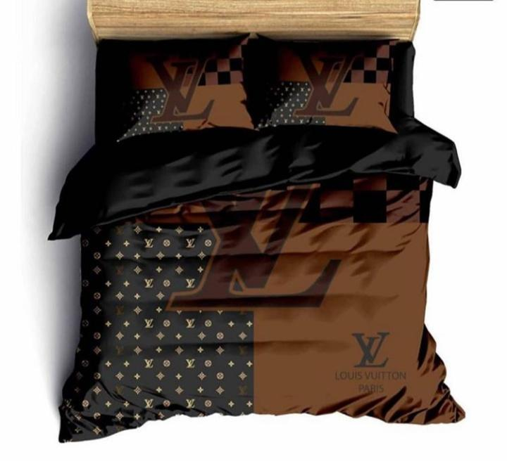 Louis Vuitton Quilt Cover Set