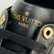 Load image into Gallery viewer, Louis Vuitton Time Out Sneaker