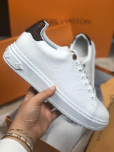 Load image into Gallery viewer, Louis Vuitton Time Out Sneaker Unisex