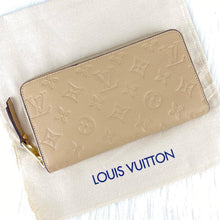 Load image into Gallery viewer, Louis Vuitton Zippy Empreinte