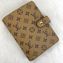 Load image into Gallery viewer, Louis Vuitton Agenda
