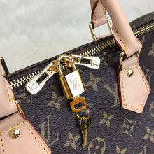 Load image into Gallery viewer, Louis Vuitton Bandoulier Speedy Bag