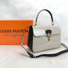Load image into Gallery viewer, Louis Vuitton Cherrywood PM