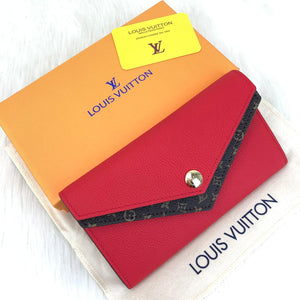 Louis Vuitton Double V Wallet