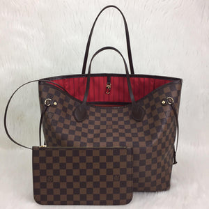 Louis Vuitton Neverfull MM Shoulder Bag
