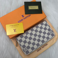 Load image into Gallery viewer, Louis Vuitton Azur Zippy Wallet