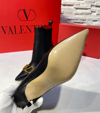 Load image into Gallery viewer, Valentino Vlogo Ankle Boots