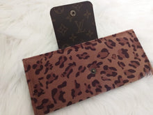 Load image into Gallery viewer, Louis Vuitton Cowhide Leather Handmade Wallet