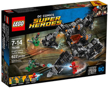 Load image into Gallery viewer, LEGO® DC Super Heroes 76086 Knightcrawler Tunnel Attack (622 pieces)