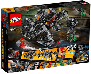 LEGO® DC Super Heroes 76086 Knightcrawler Tunnel Attack (622 pieces)