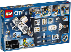LEGO® CITY 60227 Lunar Space Station (412 pieces)