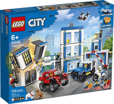 LEGO® CITY 60246 Police Station (743 pieces)