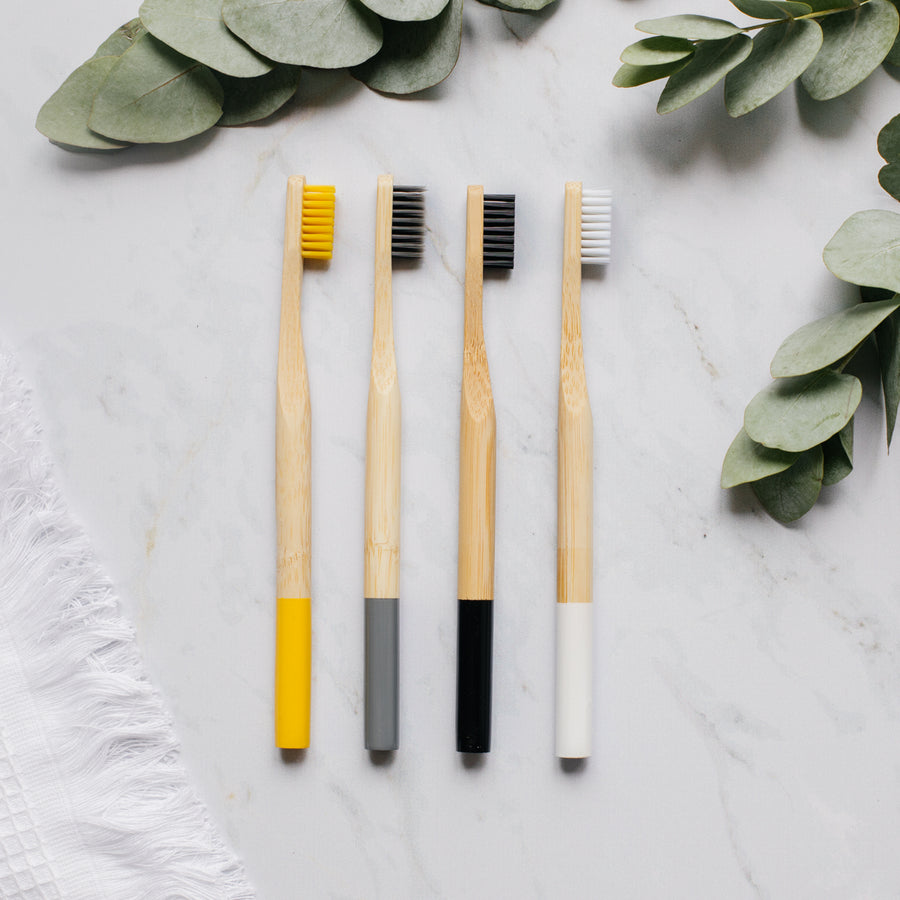 Set of 4 toothbrushes