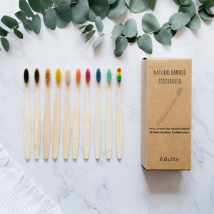 Set of 10 toothbrushes for adults - 10 colors available