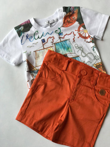 Boat t-shirt and shorts