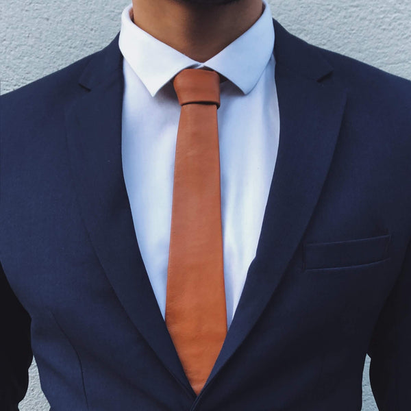Brown leather tie Camel L'Homme de Cuir lhommedecuir.com